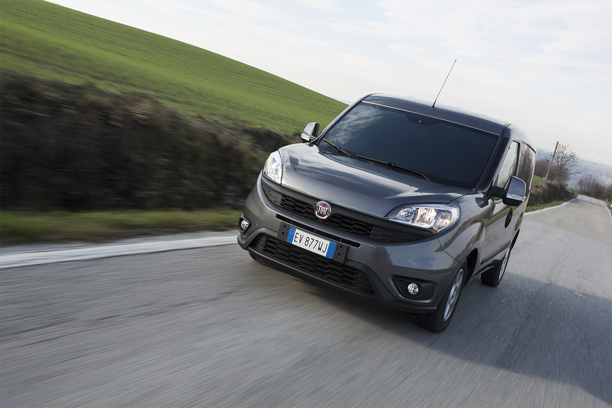 "Новото Fiat Doblò Cargo е прогласено за ""Light Van of the Year"""